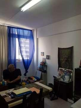 ALQUILO OFICINA 43 M2 SIN GARANTÍA