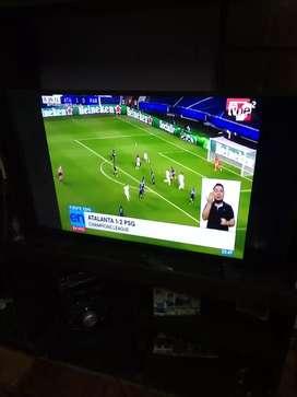 """TV 44"""" SMART TV NETFLIX YOUTUBE"""