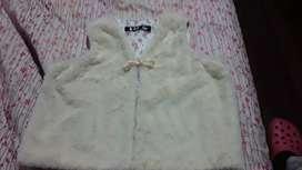 Vendo chaleco para niña en pelusita