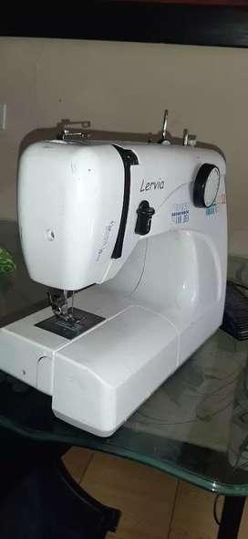 Venta de maquina de coser