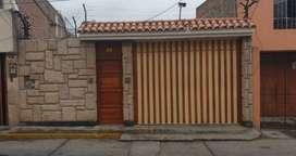 SE ALQUILA CASA DE 3 PISOS EN CAYMA - #A484