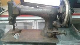 Maquina de Coser Antigua De Manivela Marca SINGER Original Solo de  Colección No Funciona