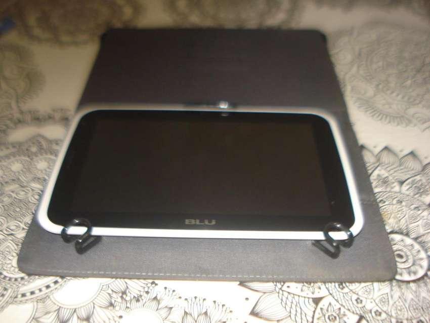 Tablet Blu Touchbook 7.0 3g C/telefono Impecable No Envio