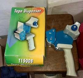 Porta rollo de cinta de embalaje