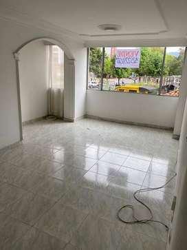 Venta Apto en conjunto la Sultana B. 2do piso. 3 alcobas, 2 baño, sala-cocina integral-comedor. Cuarto Estudio.