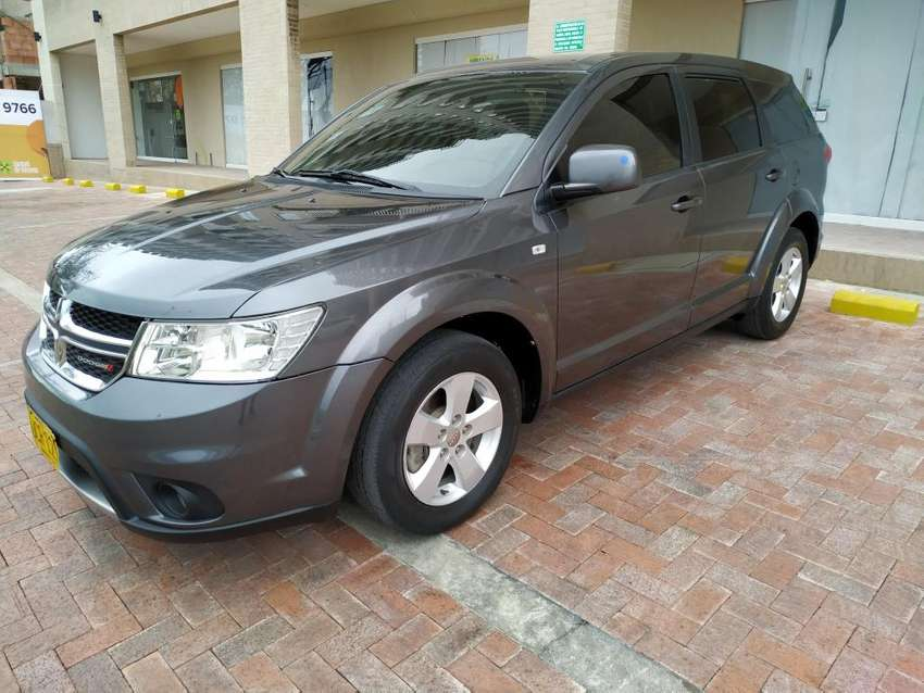 VENDO DODGE JOURNEY SE 2015  2.4 5PSJ HERMOSISIMA! 0