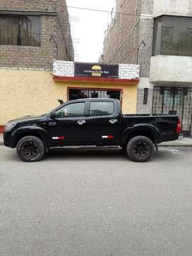 Toyota hilux 4x4 2013
