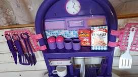 Vendo cocina de juguete con accesorios esta nueva
