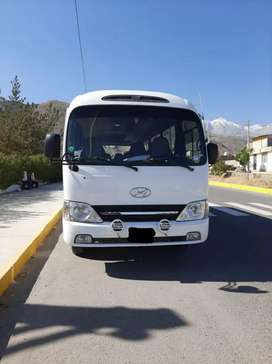 VENDO HYUNDAI COUNTY DEL AÑO 2014 FULL
