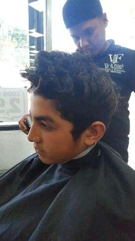 Sector centro norte busco un barbero responsable educado