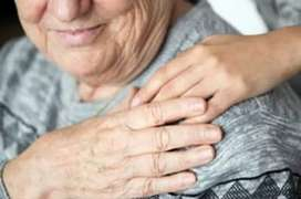 Ofrezco mis servicios en cuidado y atención al adulto mayor