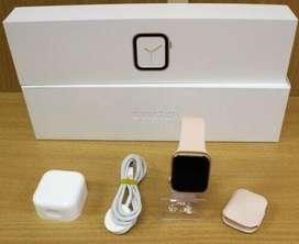 RELOJ apple 4 CON TODO NUEVO y sin uso, incluye GARANTIA