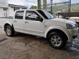 Vendo camioneta 2.5 turbo diésel 4x4 modelo  2014