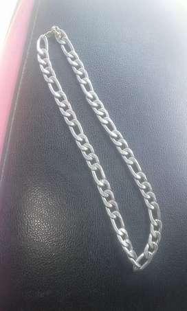 Vendo cadena de plata