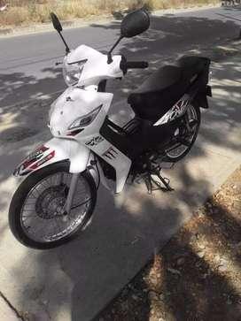 Se vende moto victory one  papeles al día