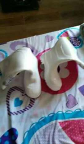 Vendo botas campanera blancas