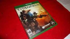 Titanfall Xbox One 1 Uso segunda mano  Perú