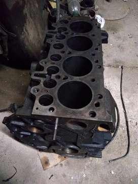 Vendo block motor Maxion 2.5 para Mercedes Sprinter