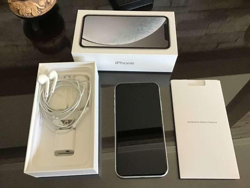 Iphone XR Blanco 128 gb Excelente estado