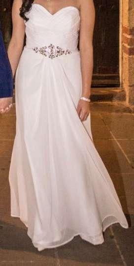 Vestido de novia, una postura