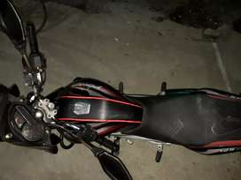 Vendo moto  125  discovery