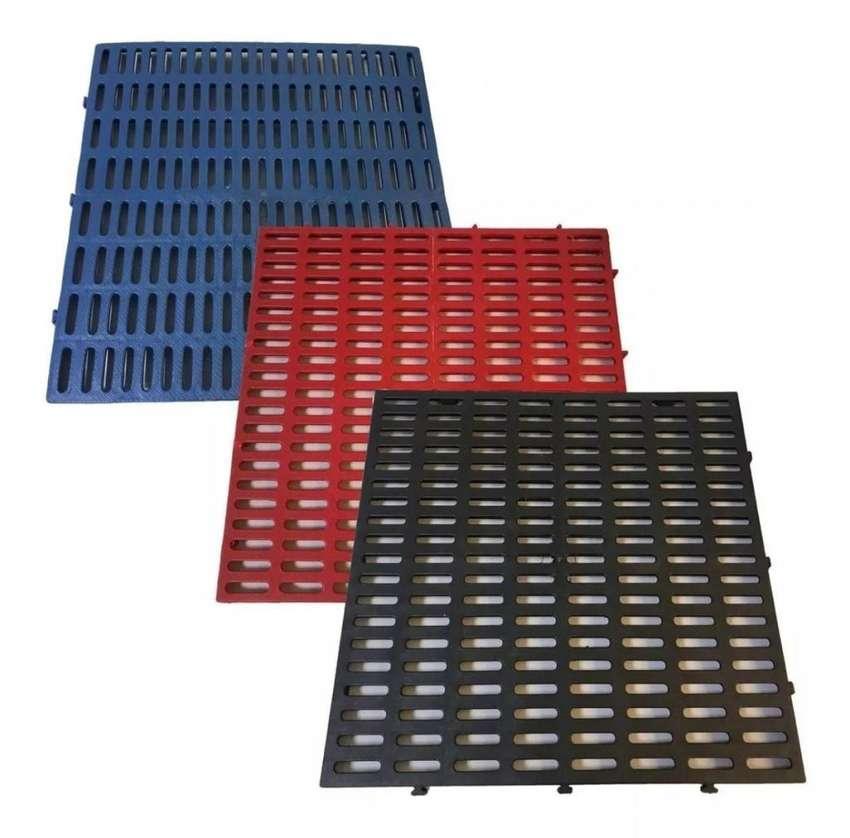 Saldos de Estibas Plasticas Paca x 10 unidades 0
