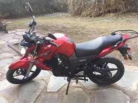 Moto Yamaha FZ16. 2012. Excelente estado. 8800 km