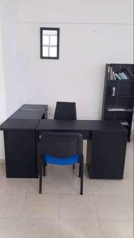 se comparte oficina- puesto de trabajo para abogado o inmobiliaria en centro de armenia edificio  asensor protocolos bio