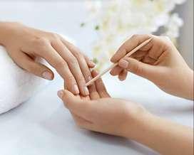 Manicurista (Uñas acrílicas, depilación y pestañas.)
