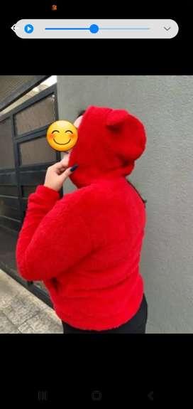 campera peluche rojo