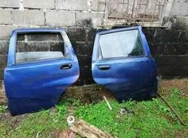 Vendo puertas traseras de Aveo GT5