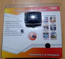 cámara de seguridad a colores