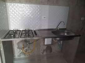Mesón en Acero lavaplatos + estufa 4 puestos