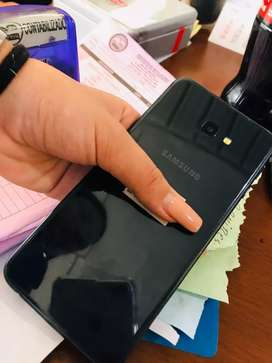 Se vende celular J4+ esta en muy buen estado mas información info