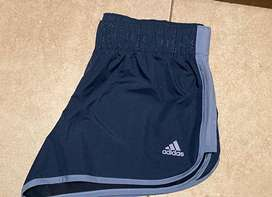 Short adidas mujee talle S