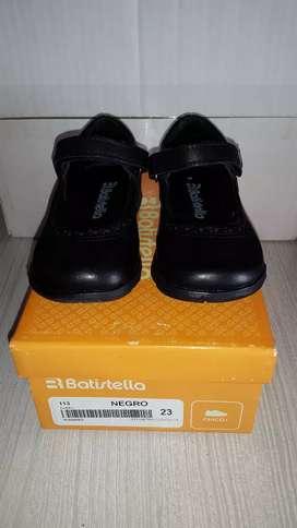 VENDO Zapatos Colegiales Nena Nro. 23