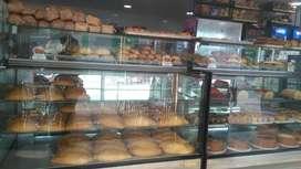 Se vende hermosa panadería