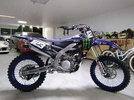 Vendo Yamaha YZ250F 2020, con menos de 20 horas de uso.