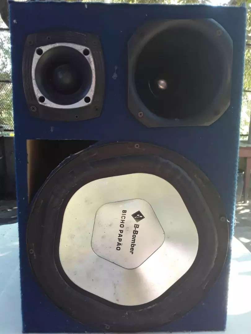 Vendo caja de sonido 0