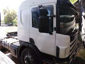Scania 330 2000 tractor