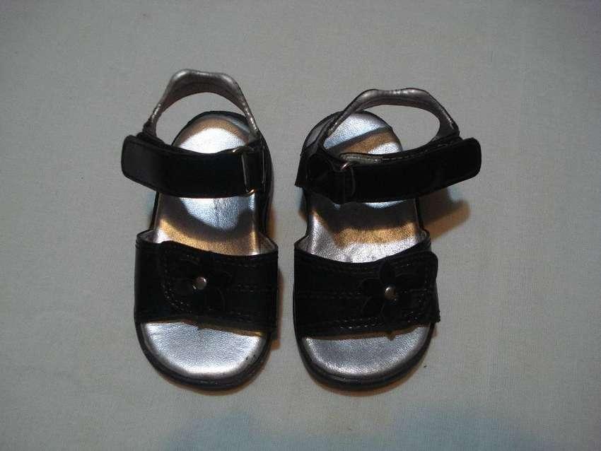 sandalias de nena nº 19 buen estado 0