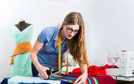 Busco trabajo costurera, o maquilado de ropa.