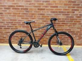 Bicicleta GW Titan