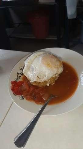 empleada para oficios varios restaurantes de desayunos   viva cerca a MUCHO LOTE 2