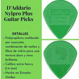 Nylpro Plus Guitar Picks (Púas)