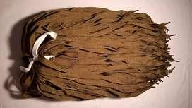 Cordones color beige oscuro/tostado de 0,60 m. Para zapatos, botitas.