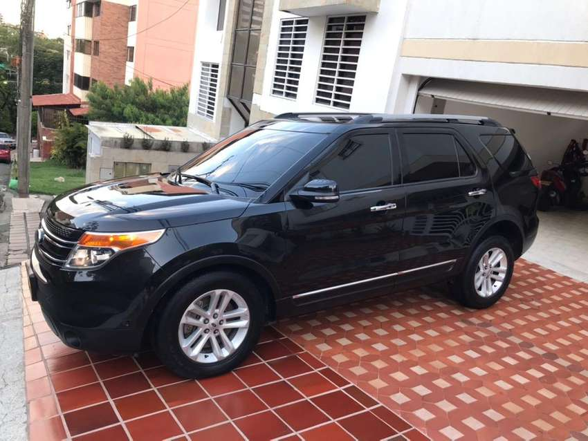Ford  Explorer Limited 0