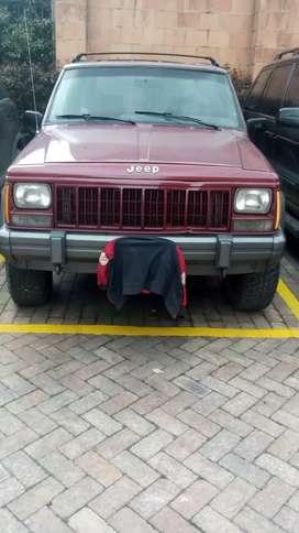 Remato jeep cinco puertas