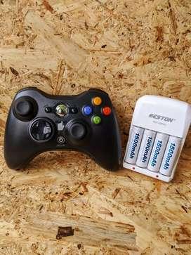 Control inalámbrico + Cargador + Batería AAA