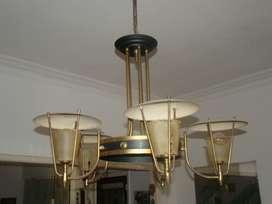 Araña de bronce para cinco lámparas antigua